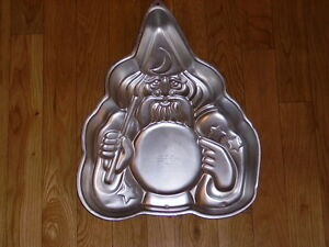VTG-WILTON-WIZARD-MAGICIAN-SORCERER-OLD-MAN-HARRY-POTTER-CAKE-PAN-MOLD-502-2235
