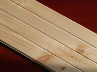 pin blanc en planche