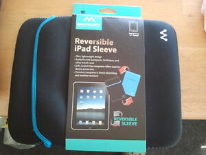 Merkury Innovations Reversible iPad Tablet Sleeve Light Blue/Black - New