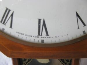 Vintage Schweppes Mixers United Electric Wall Clock Gatineau Ottawa / Gatineau Area image 5