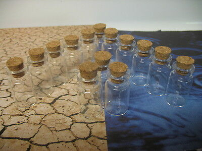 100 5ml bottles with cork stoppers. Lot of empty glass vials jars containers.