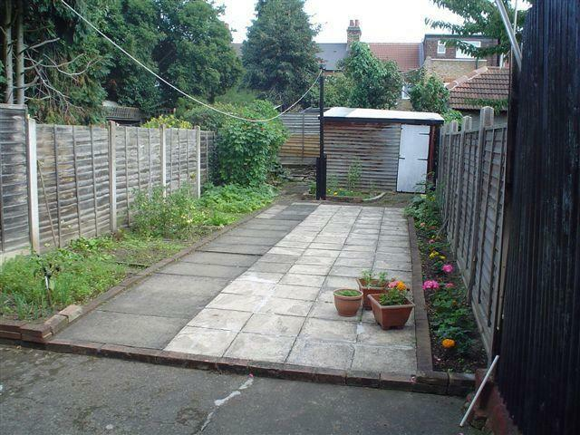 Spacious Furnished 3 Bedroom House with Large reception in Manor Park E12 with garden & transport