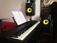Piano/keyboard lessons available