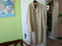 MEN'S BEIGE TRENCH COAT