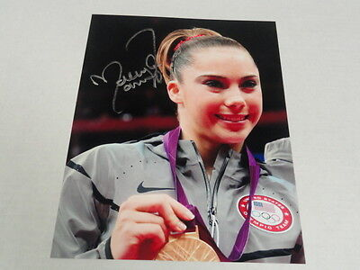 Mckayla Maroney Signed Gold Medal 8X10 Photo Usa Gymnast Gymnastics Proof