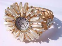 Fashion Pearl Swarovski Crystal Women's Bracelet Cuff WATCH