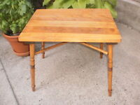 Antique Solid Hard Maple End/Coffee/Side Table