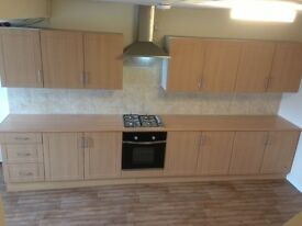 LARGE 3 BEDROOM HOUSE - FULLY RENOVATED - MOVE IN FOR XMAS!