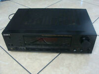 Sony STR-D511 Stereo Receiver, RCA phono inputs