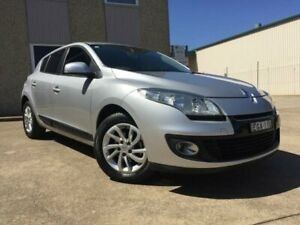 2012 Renault Megane X32 Dynamique Silver 6 Speed Manual Hatchback South Windsor Hawkesbury Area Preview