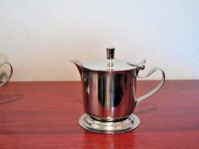 Vollrath 46205 5-oz Creamer - Hinged Cover, Mirror-Finish Stainless ()