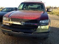 2004 Chevrolet Avalanche Pickup Truck - AFFORDABLE PRICE