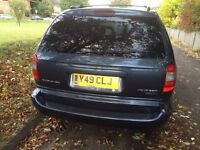 DIESEL 7 SEATER CHRYSLER VOYAGER IMMACULATE CONDITION NO DENTS OR RUST WITH LEATHER INTERIOR