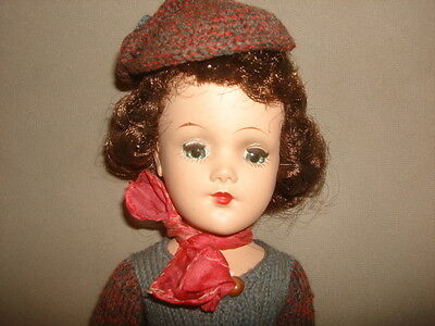 """Vintage SIGNED Mary Hoyer 14"""" Hard Plastic DOLL WITH Original BOX & Knit Outfit"""