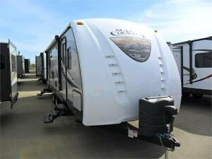 NEW 30 FT CROSSROADS MAPLE COUNTRY 260 RL TRAVEL TRAILER