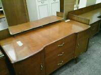 Retro dresser with mirror