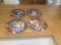 Ornamental plates with kittens