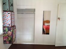 2 x single bed twin share room Parramatta Park Cairns City Preview