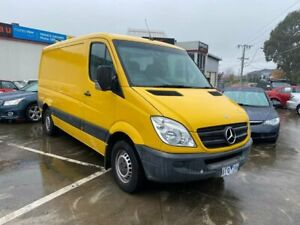 2010 Mercedes-Benz Sprinter NCV3 MY10 313CDI Low Roof MWB Yellow 5 Speed Automatic Van