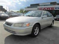 2000 Toyota Camry CE - 108,000 Kms  ! ! ! ! ! !