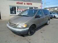 TOYOTA SIENNA CE 1998 ** A/C FROIDE **