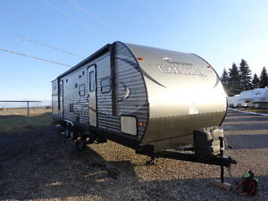 GREAT YEAR END SALE ON TRAVEL TRAILERS AND MOTORIZED UNITS!!