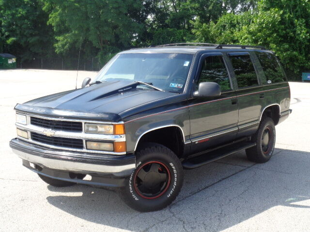 Image 1 of Chevrolet: Tahoe 4dr…