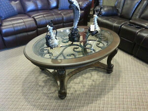 FACTORY SPECIAL GET THIS BRAND NEW ELEGANT COFFEE TABLE $398