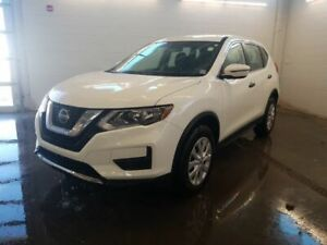 2019 Nissan Rogue S, AWD REDUCED! REARVIEW! BLINDSPOT! AWD! SAVE