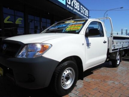 2006 Toyota Hilux TGN16R 06 Upgrade Workmate White 5 Speed Manual Cab Chassis Croydon Burwood Area Preview
