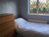 Double & Single Bedroom to Let, Short/Long term