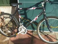 """Mens Black """"Active mto"""" bike for spares or repair"""