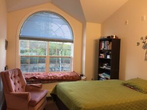 Modern 4B/3b Townhouse with Bedford Basin Views and Garage