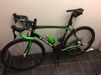 Trek Domane 6 Series, 56cm Frame, Aelous 3 Carbon Wheels