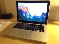 MacBook Pro (13-inch Mid-2010) 2.4 GHz Intel Core 2 Duo. 4 GB 1067 MHz DDR3 - Excellent Condition