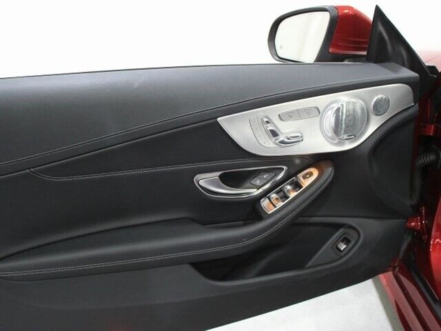 Image 19 Voiture American used Mercedes-Benz C-Class 2017