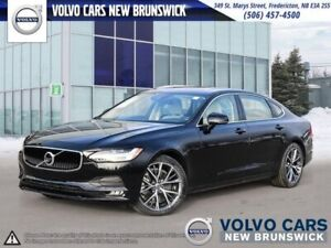 2018 Volvo S90 T6 Momentum AWD | HEATED LEATHER | NAV | BACK...