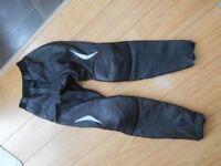 Hein Gericke ladies leather Motor bike Trousers Size 12 (38)