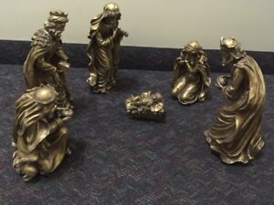 "LARGE GOLD INDOOR/OUTDOOR Nativity 12""-17"" tall (reg $160)"