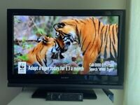 LOVELY 32 INCH SONY FREEVIEW HDMI TV ALSO FANTASTIC FOR GAMING ETC