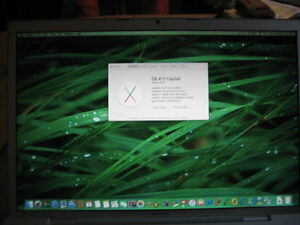 Macbook Pro 17, good condition and battery