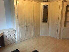 2 bedroom 2 bathroom flat to rent in Bushey