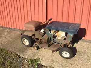 Vintage Rover Rancher Ride on mower Dayboro Pine Rivers Area Preview