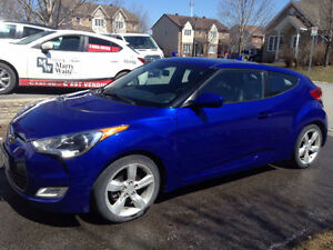 2012 Veloster (LOW MILEAGE, LOOK LIKE BRAND NEW)