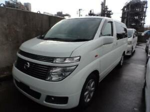2002 Nissan Elgrand AWD 8-SEATER only 63K