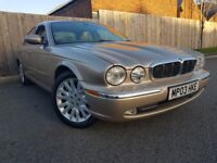 JAGUAR XJ 4.2 V8 SE 4DR AUTOMATIC (gold) 2003