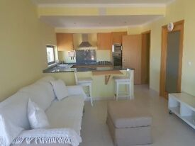 1bed Apartment algarve Portugal rent or Buy