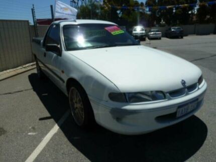 1999 Holden Commodore VSIII S White 5 Speed Manual Utility
