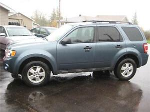 2010 Ford Escape XLT $4999!!!