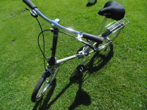 Folding Bike by Dahon, Excellent Shape great for the boat.